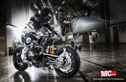 Stellan Egeland: радикальный hi-tech в кастоме The Harrier
