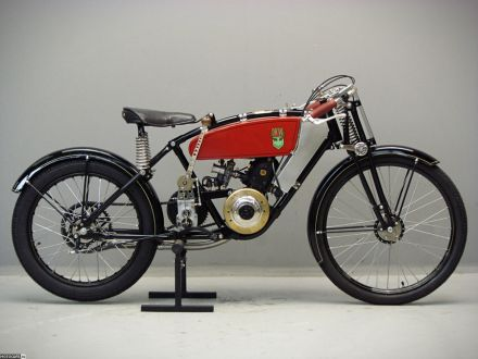 Реплика гоночного DKW 30-х годов будет продана с аукциона