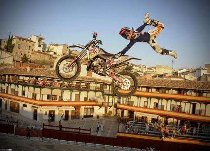 Red Bull X-Fighters World Tour в испанском Чинчоне
