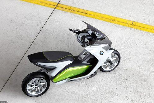 Концепт макси-скутера BMW Concept e
